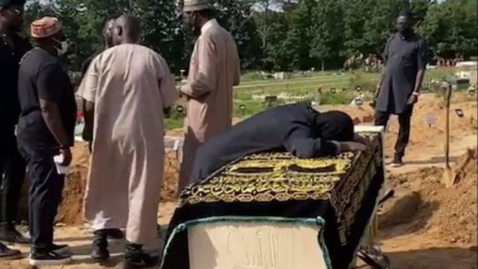 'I don't want to let him go', Sound Sultan's wife wails at husband's grave